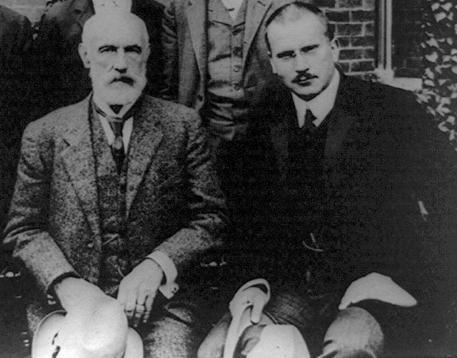 フロイトとユング 1909年